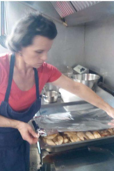 La Chef claudia Crisan supreme de poulet
